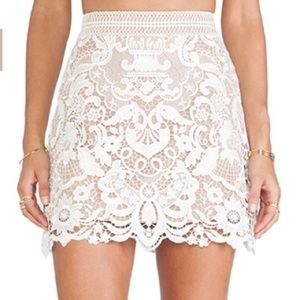 Self portrait white guipure lace skirt. Size 2.